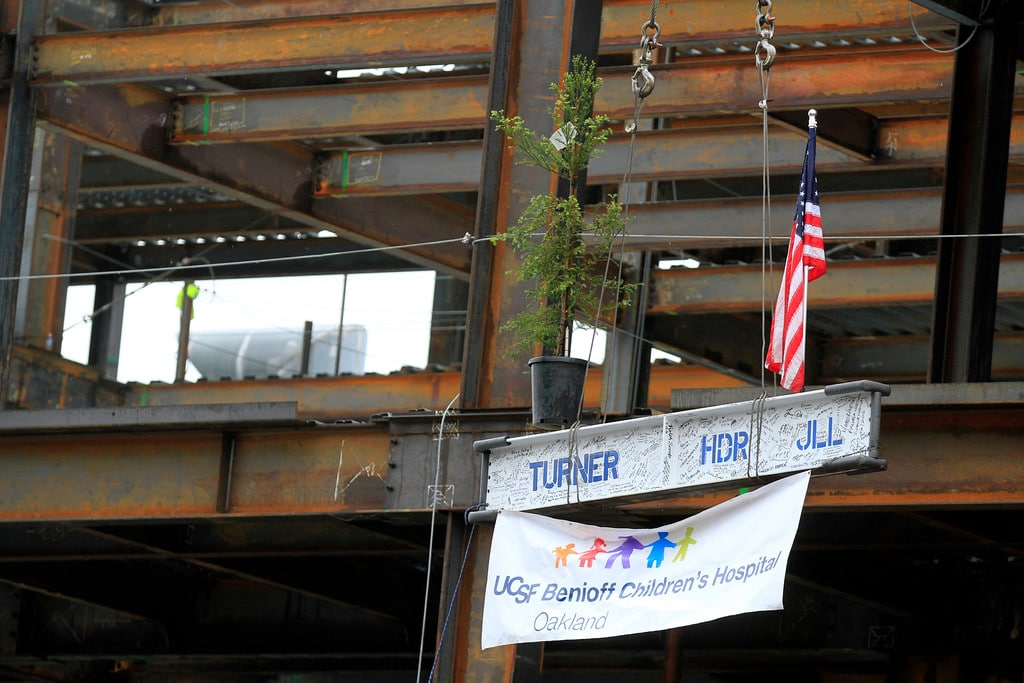 """""""Topping Out"""" ceremony for the new Outpatient Center at USCF Benioff Children's Hospital Oakland"""